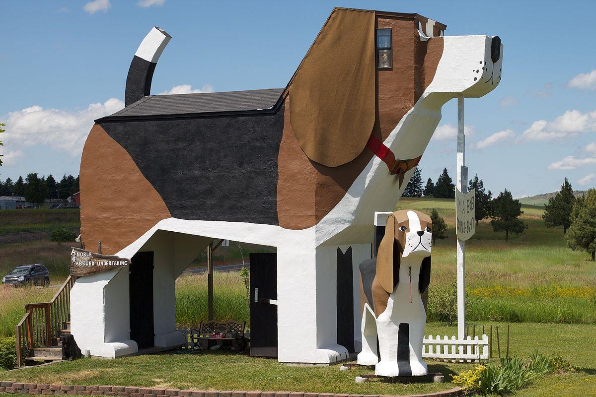 The Dog Bark Park Inn
