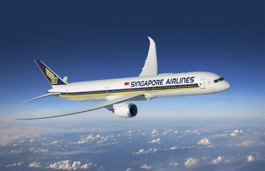 787 10 Dreamliner >> World S First Boeing 787 10 Dreamliner Arrives In Singapore
