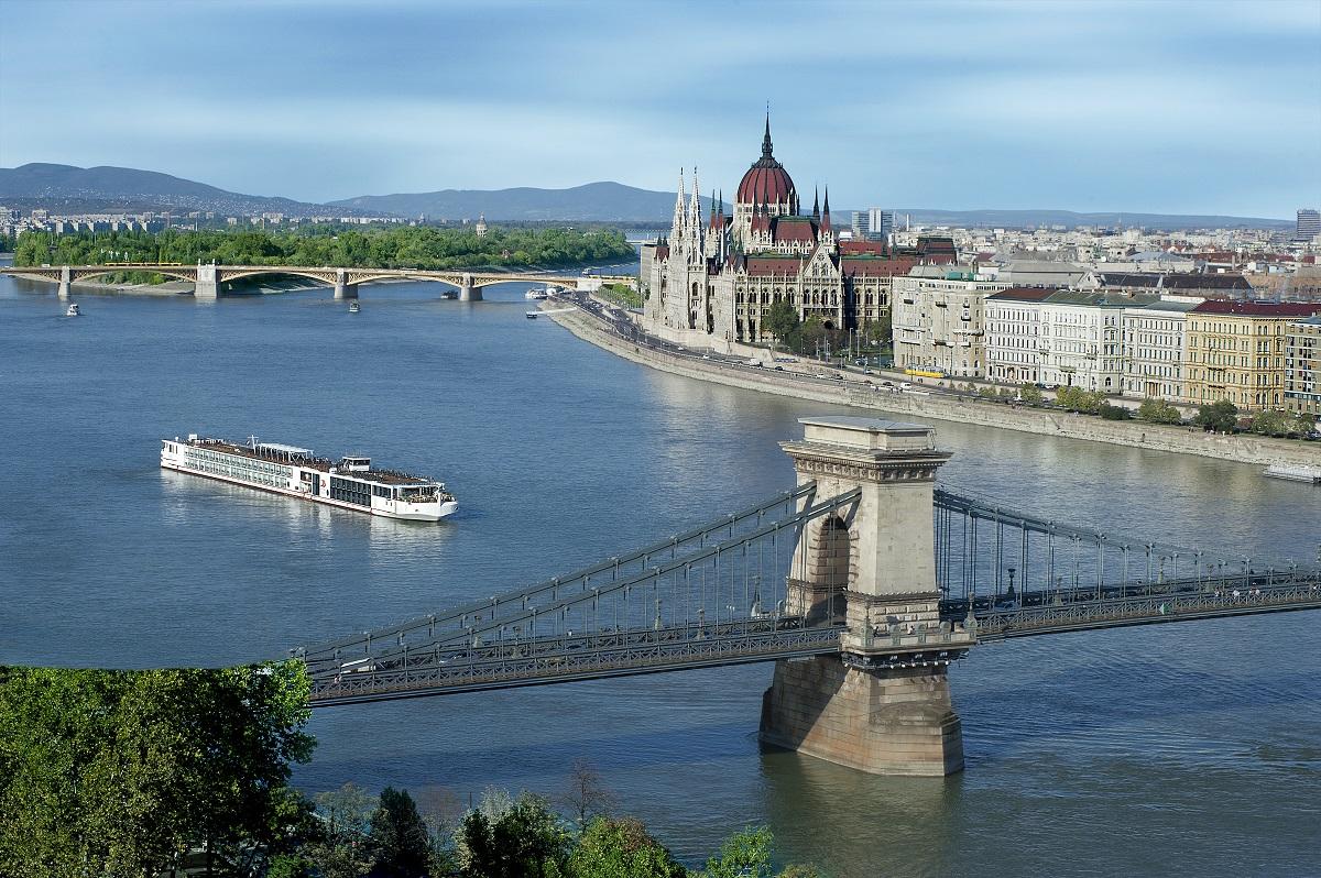 Viking Longship in Budapest