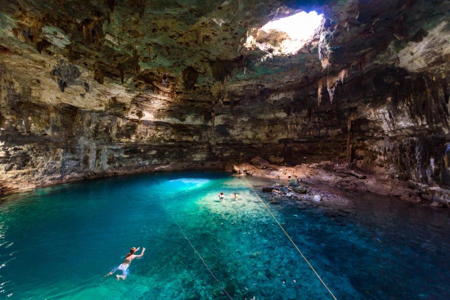 Cenote Samula Dzitnup Yucatan, Mexico