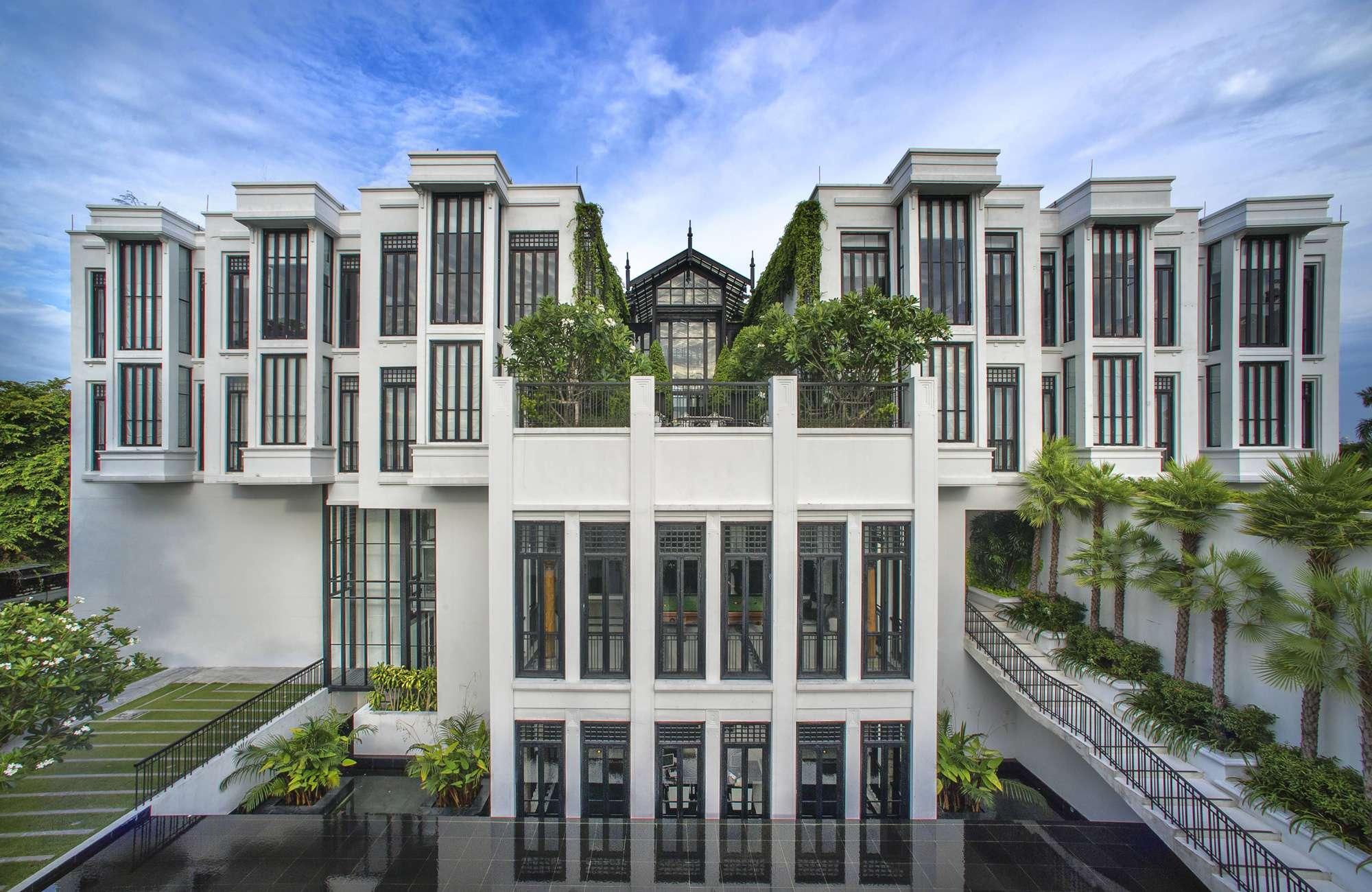 The Striking Architecture Of Siam Bangkok