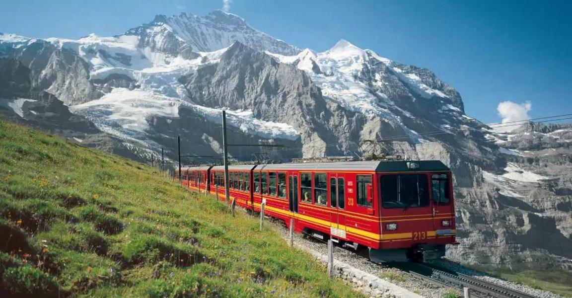 Jungfraujoch mountainside rail tracks