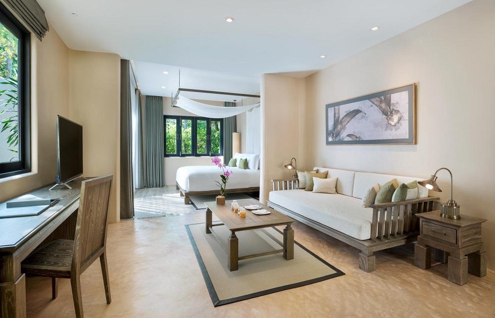 Deluxe King Living Room - The Naka Island