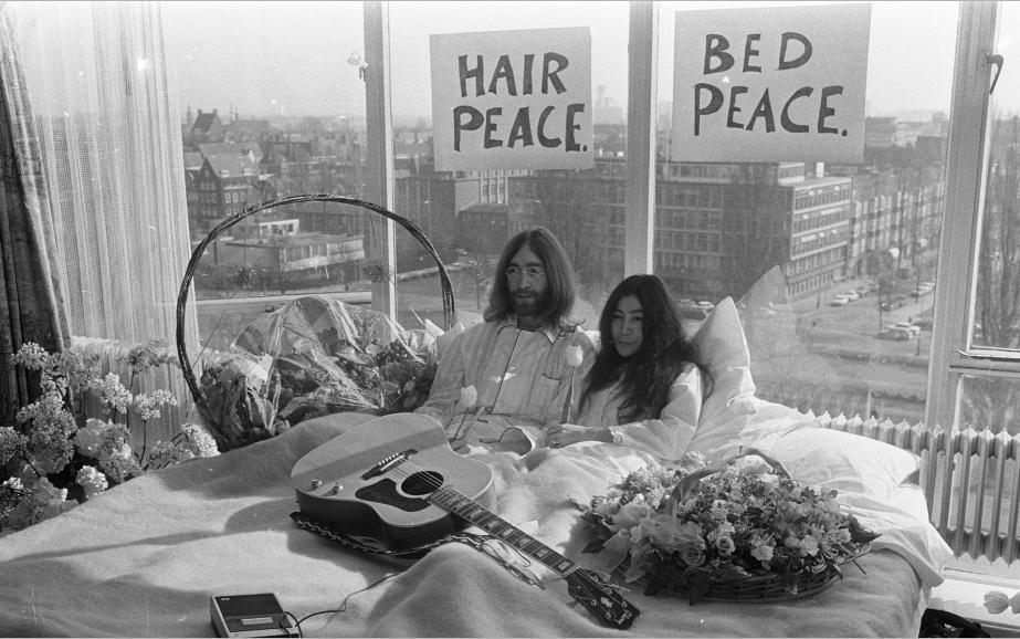 Lennon, Ono - Hilton Room 702