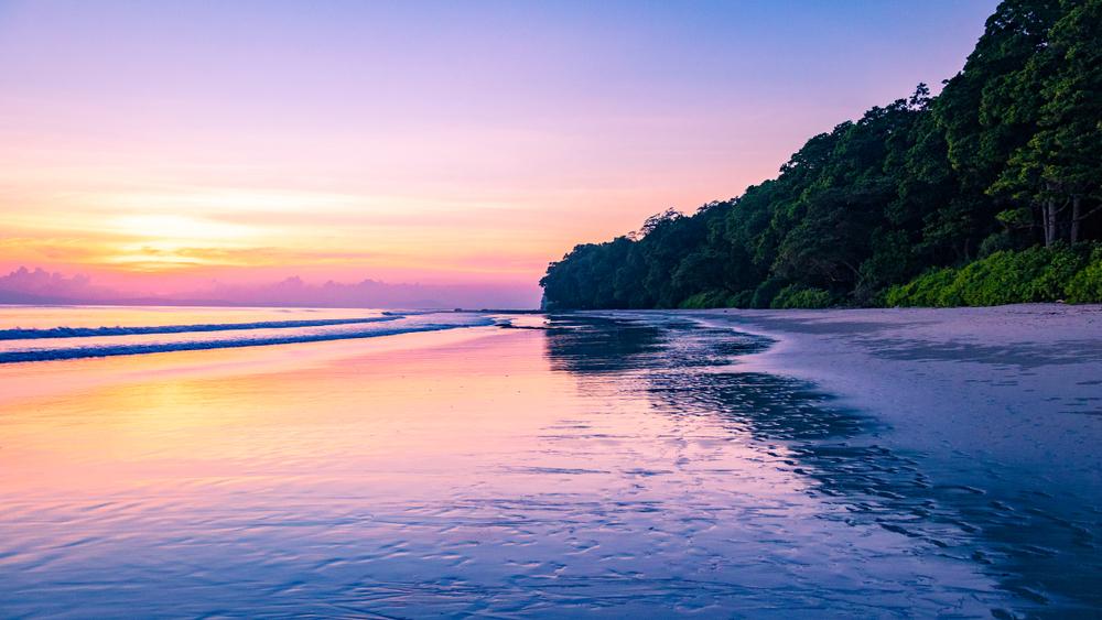 radhangar-beach