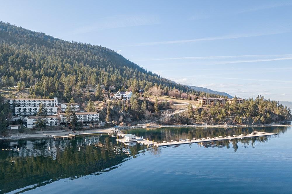 Cozystay Signature Lake Okanagan Resort