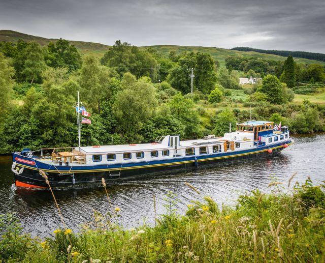 European Waterways' Scottish Highlander hotel barge