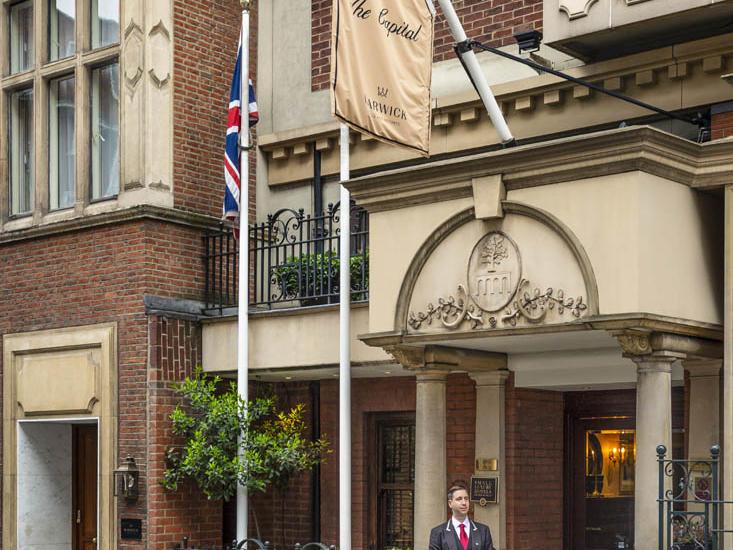 The Capital Hotel - Entrance
