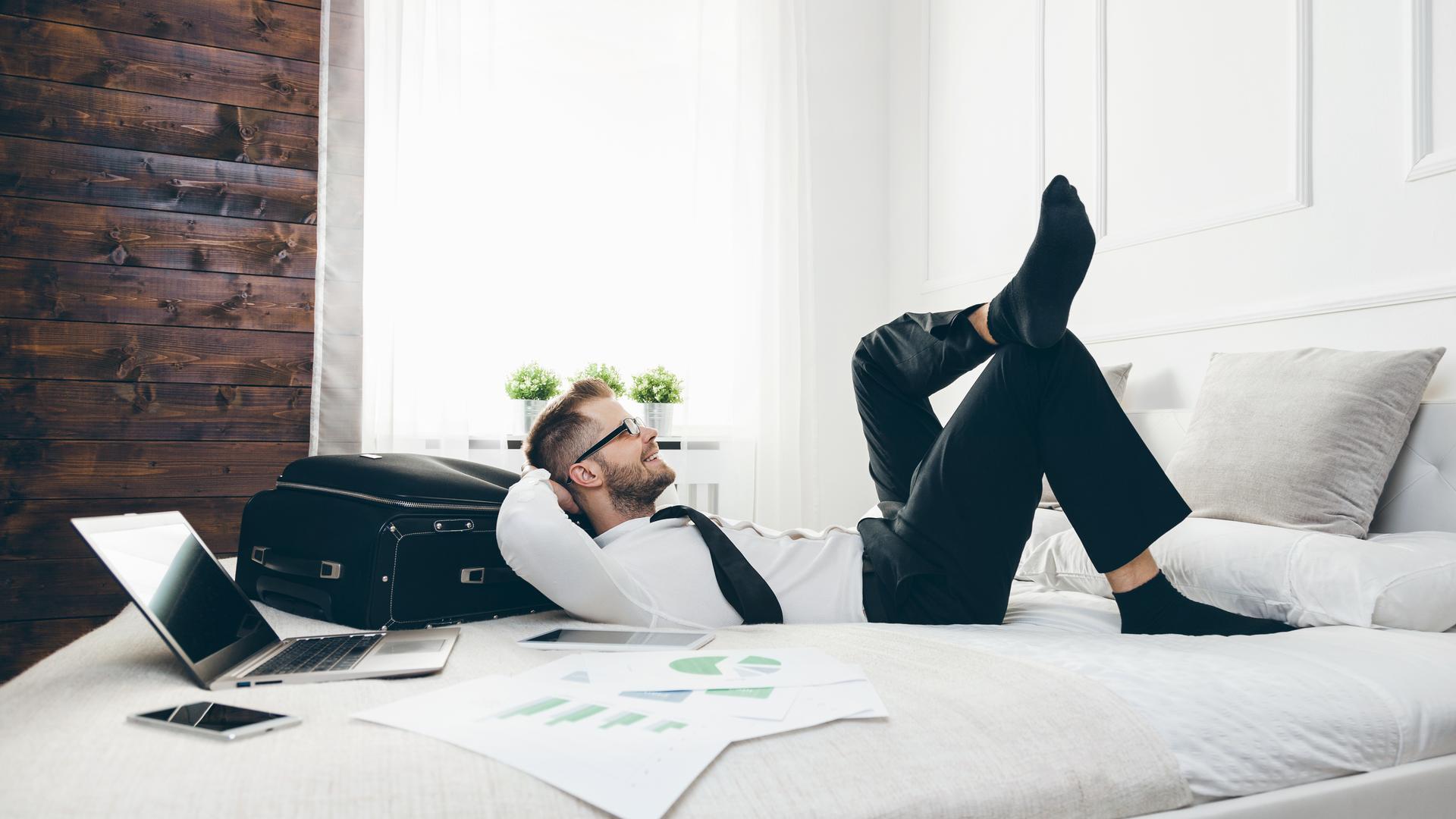 Αποτέλεσμα εικόνας για Cozystay surpasses 2018 bookings by 600% in the first half of 2019
