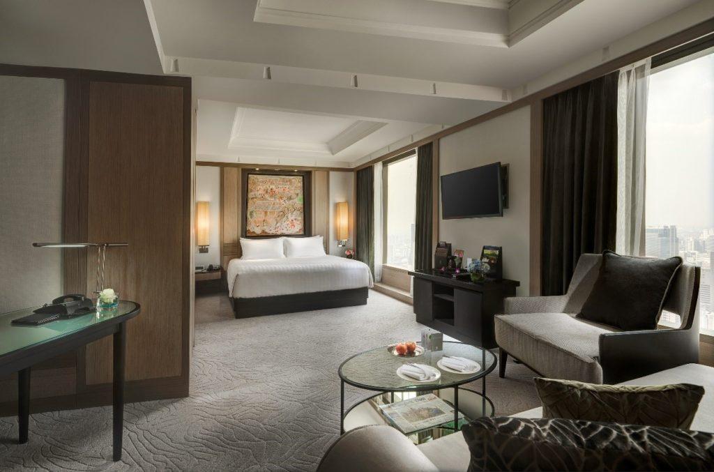 Banyan Tree Bangkok - Flight and Room