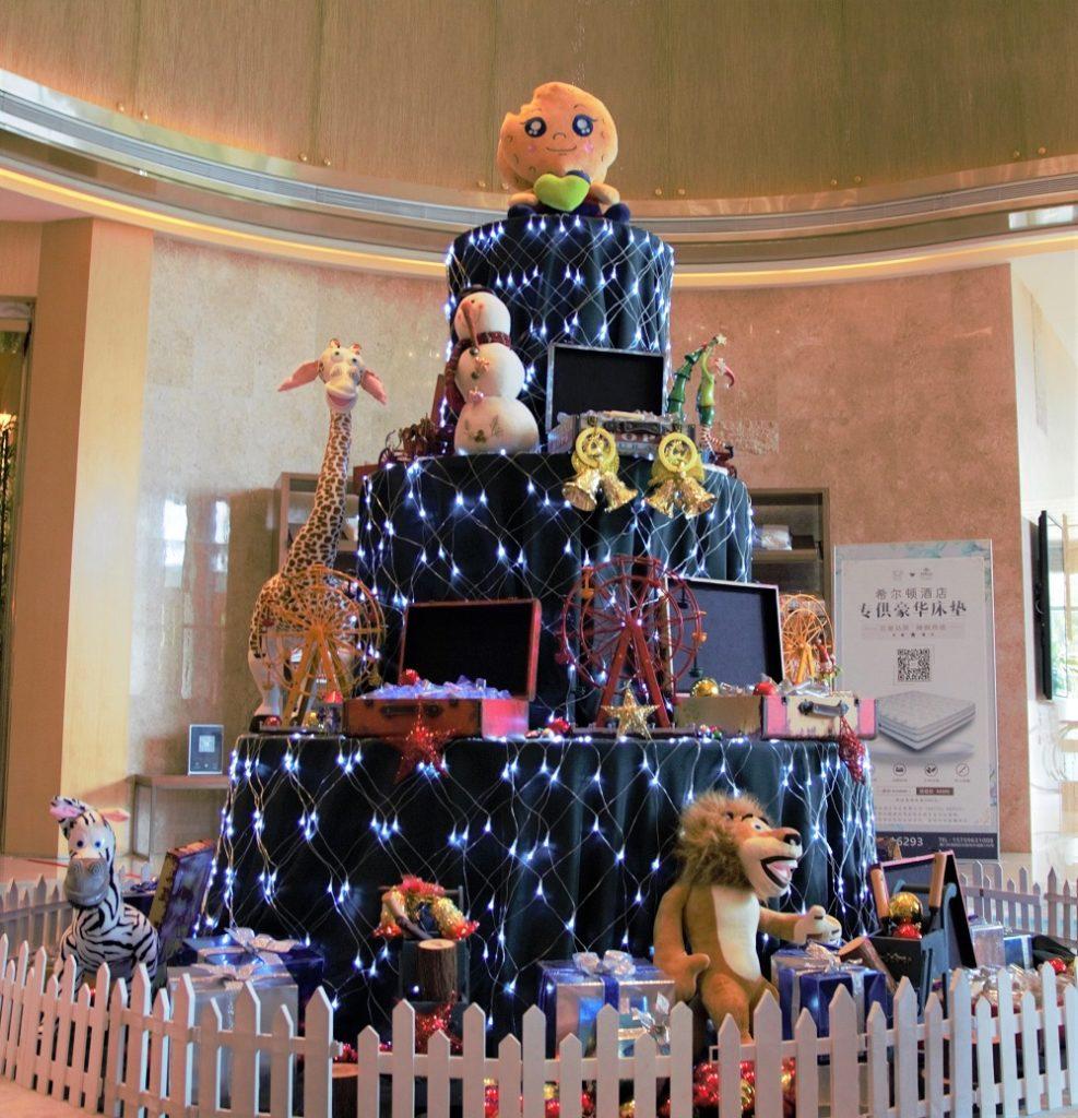 4. DoubleTree by Hilton Xiamen-Wuyuan Bay - Festive Tree