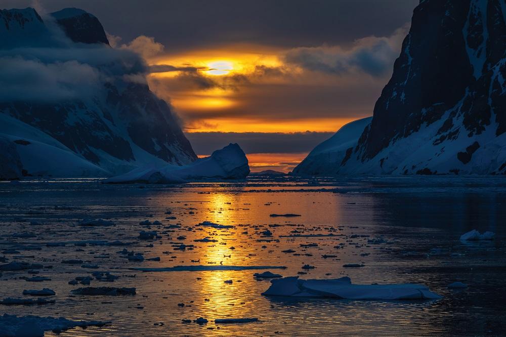 Abercrombie & Kent - Antarctica 1