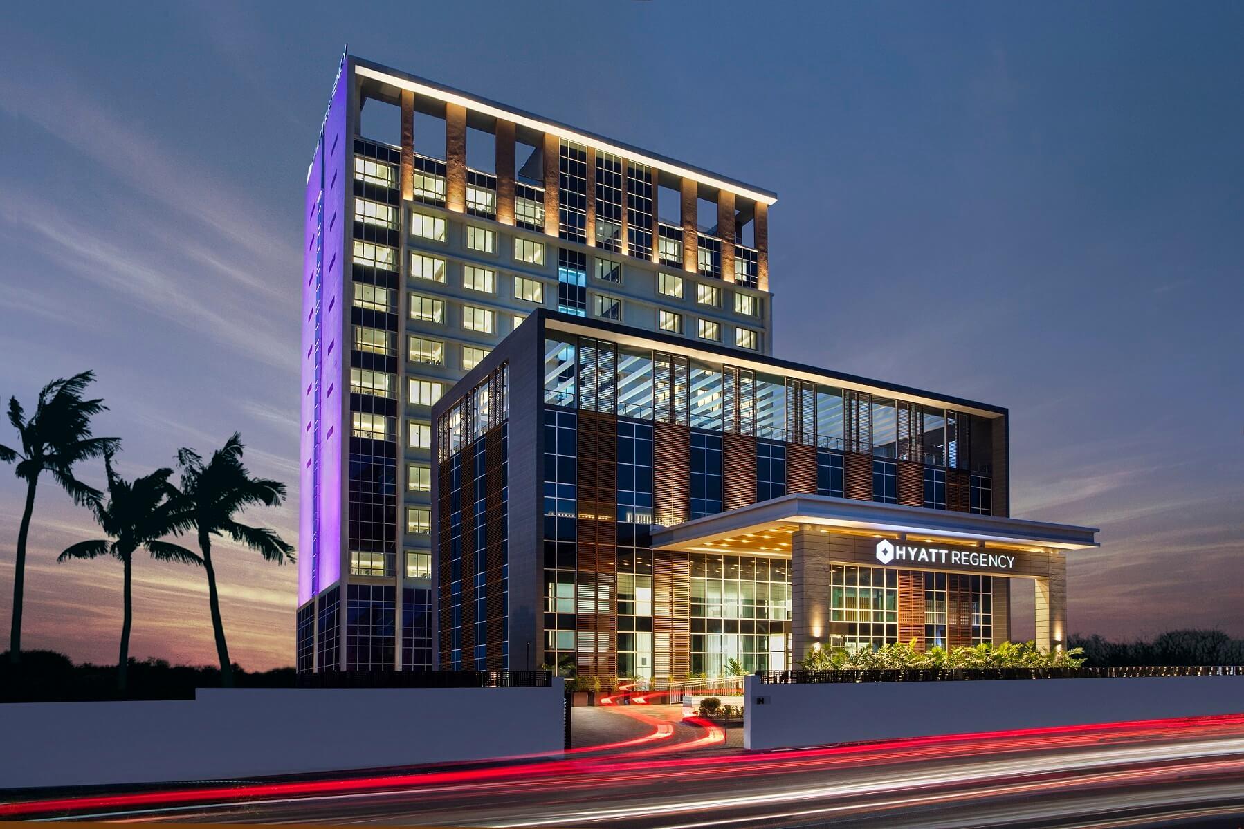 Hyatt hotels купить квартиру в торонто недорого