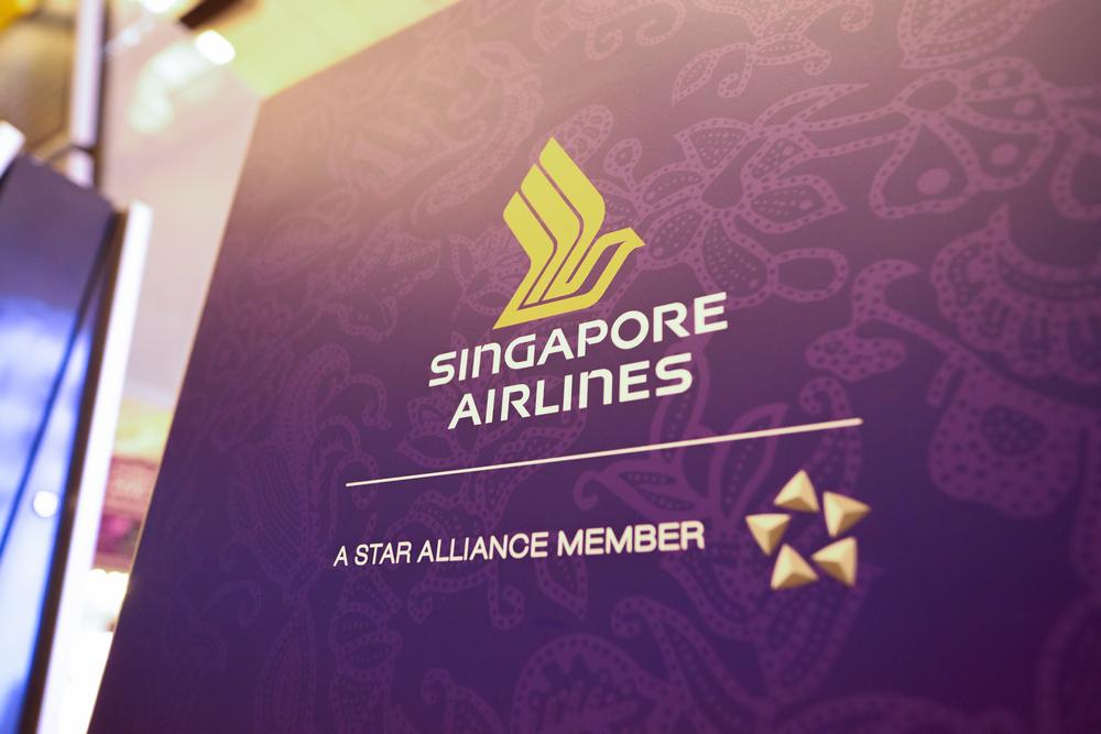 Singapore Airlines pilots IATA's travel pass app